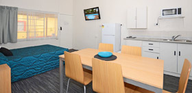 2 Bedroom Semi Self Contained Premium at Urangan Motor Inn