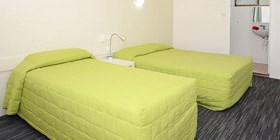 Twin Room Standard at Urangan Motor Inn